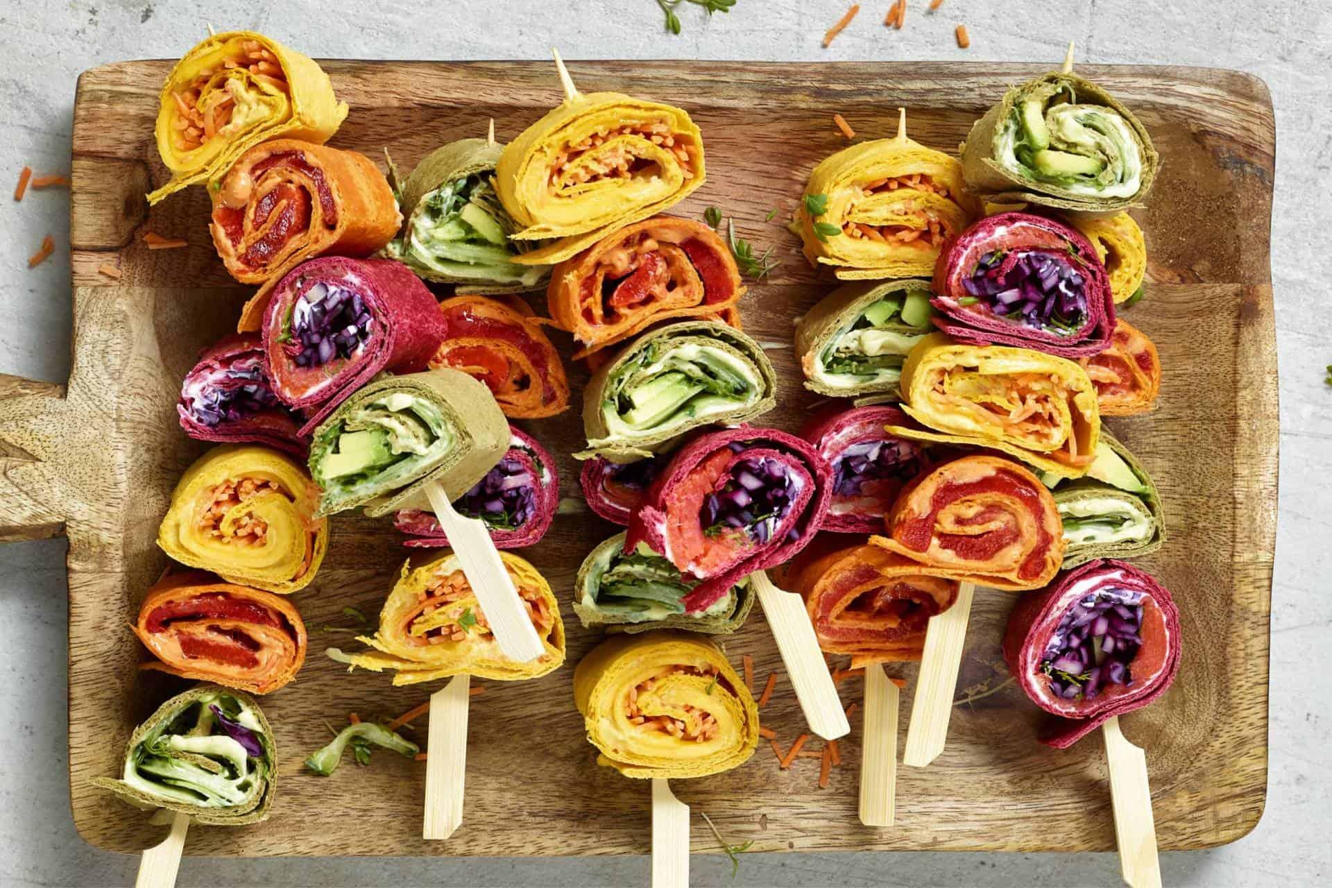 Kleurrijke tortillaspiesjes